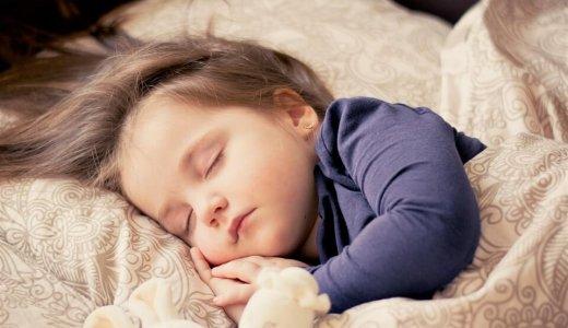 睡眠不足は便秘の原因!何時間寝れば効果があるの?